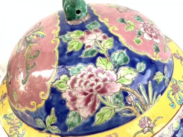 BLUE GIANT 6.9kg KAMCHENG RARE BLUE and PINK Nyonya Ware Covered Jar Porcelain Pot