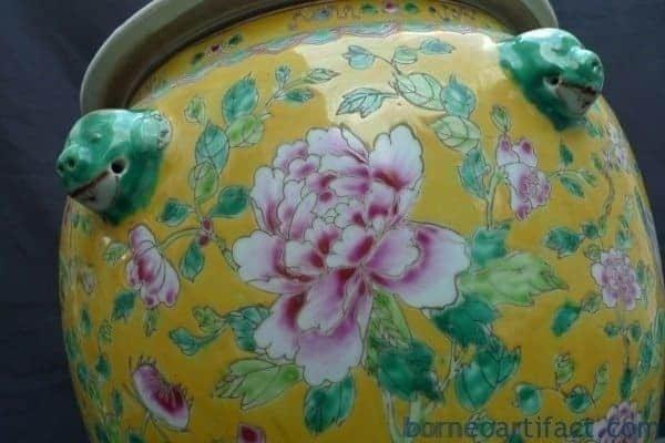 XXXXL GIANT YELLOW KAMCHENG NYONYA Baba Domed Covered Jar Pot Pottery Porcelain