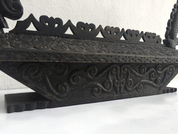 AUTHENTIC 770mm TRADITIONAL DAYAK TOMB Burial Chamber Asian Urn Sandung Naga Coffin Statue Borneo