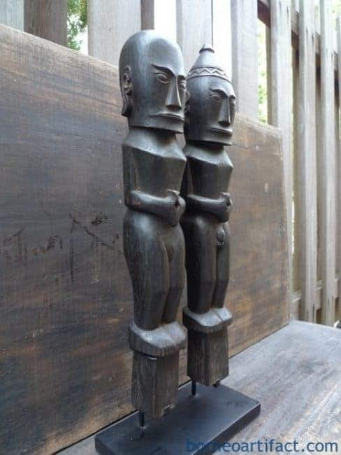 Old Batak Statue