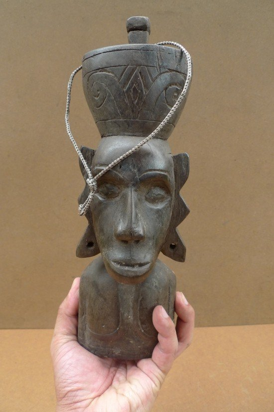 DAYAK BAHAU & JAR 10.6 Authentic Aged Statue Sculpture Primitive Figure Borneo