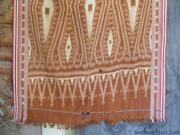 PUA KUMBU WAR SHIELD Motif ~ Ikat Bidan blanket~OLD Ancestral Ritual Cloth