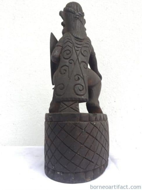 DAYAK HEADHUNTER ASHTRAY Tobacco Cigarette Cigar Statue People Figure Sculpture Bar Pub Pool Office