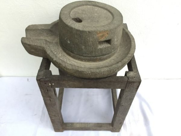 ANTIQUEmmSTONEGRINDERGrindPrimitiveAsianTraditionalToolSoyaBeanRice